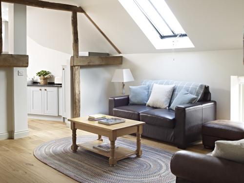 Hayloft-Apartment-Luxury-Ensuite-Courtyard view - OTA base Rate