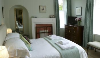 Double room-Superior-Ensuite with Shower-Garden View-Garden Room - Base Rate