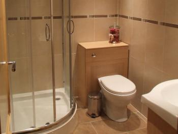 Shared shower room, for the double & twin rooms