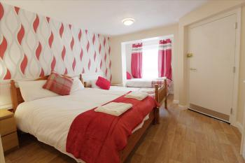 Double room-Ensuite- (Twin option Available) - Double room-Ensuite- (Twin option Available)