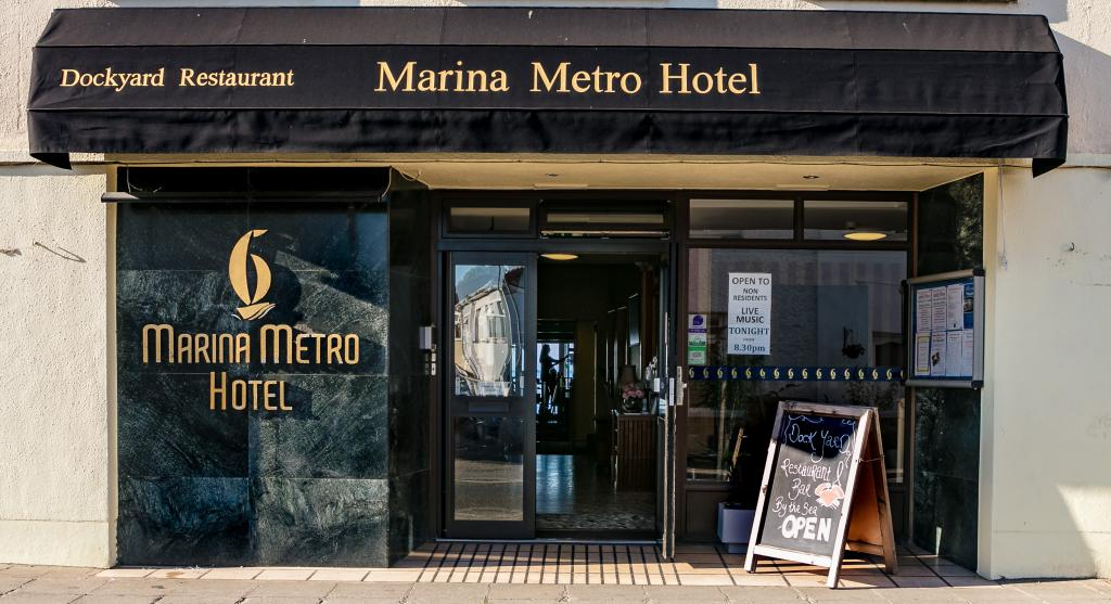 Welcome to the Marina Metro Hotel