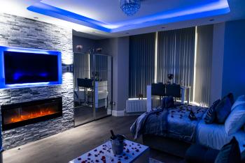 Aphrodite Suites - Deluxe Apartment Suite
