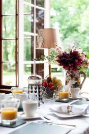 Dining Room Breakfast Setting 2