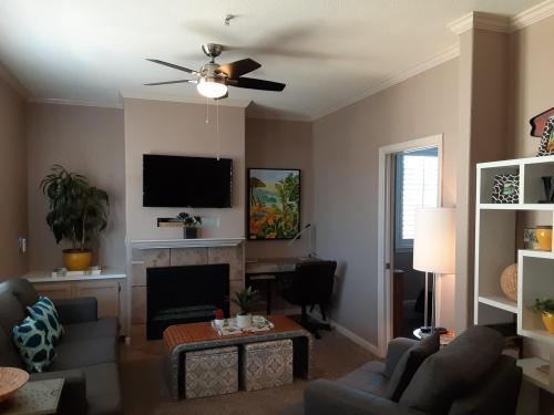 Superior-Two-Family room-Private Bathroom