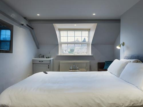 The Nest   Luxury Family Suite