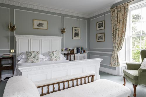 The Hopkins Room-Premium-Ensuite-Double room-Garden View - Flexible Room Only Rate