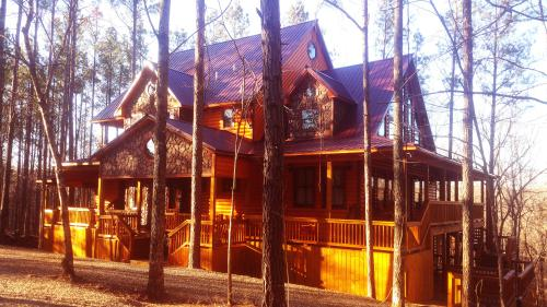 Hilltop Honey Cove 5BR, Sleeps 14 Adults/Teen & 8 Kids.