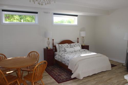 Suite-Annex-Ground Floor-Room 5