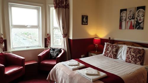 Executive Double Room | En-Suite with Bath & Shower | Sea View | Room 8