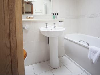 Potato Shed Double Room Bathroom