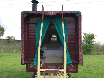 Lodge-Family-Private Bathroom-Countryside view-Gypsy Wagon/Bell Tent - Base Rate