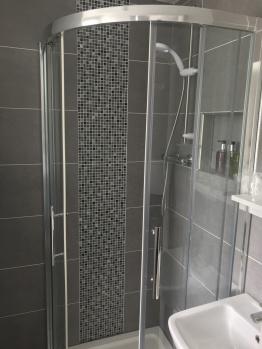 Room 6 Shower 2