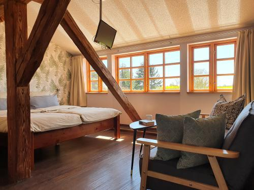 Familienzimmer-#5 Königsfarn im 1.OG-Deluxe-Ensuite Bad-Blick auf die Landschaft