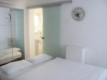 Einzelzimmer-Klein-Ensuite Dusche-No view-Smart-Room mit Miniküche - Standardpreis