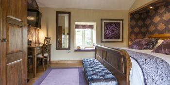 Bank View Farm Bed & Breakfast - The Hayloft Bedroom