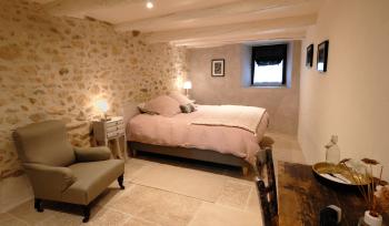 Suite Cèze-lit et salon