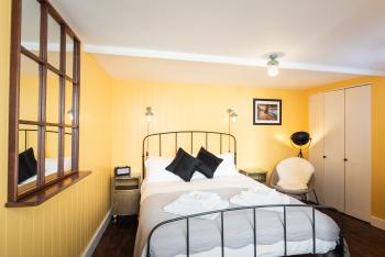 Guest Room 2 - Sherborne Room