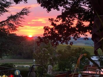 Traumhafter Sonnenuntergang von der Sonnenterrasse