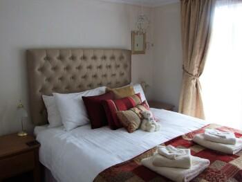 Room 1 - balcony room