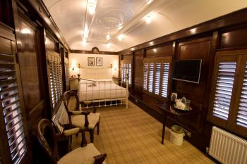 King-Double room-Ensuite-King Pullman  - Base Rate