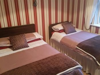 bedroom in main house , bungalow, 4 bedrooms, 2 en-suite,1 bathroom, sleeps 11 sharing