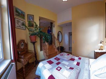 Duplex-Appartement-Salle de bain-Vue sur Jardin-Chambre 4 - Base Rate