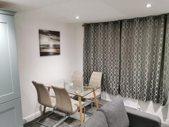 Jesmond Suite - Dining Area