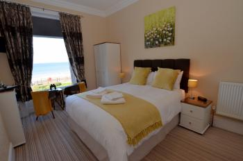 King-Ensuite-Sea View-1st floor