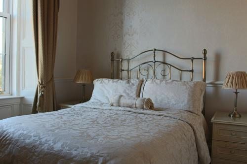 Double room-Ensuite with Shower-Double Room 2 - Base Rate