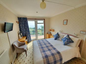 Double room-Ensuite-Balcony-with sea view - Base Rate