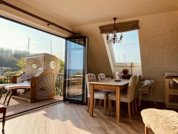 Küchen & Terrassenbereich