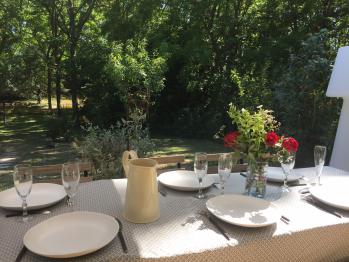 La terrasse, avec vue sur le jardin