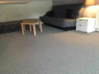 Canapé lit 140 dans la mezzanine
