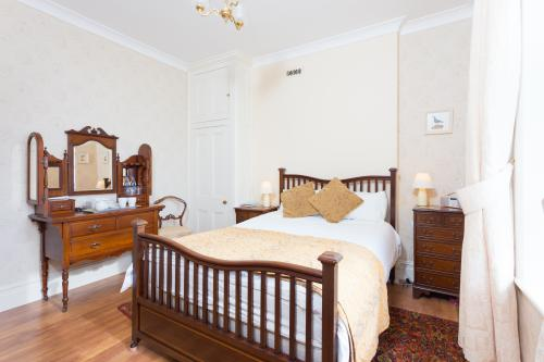 Double room-Ensuite with Bath-Deluxe-Sea View-Room 1 - Base Rate