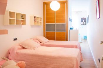 Dormitorio secundario parte con dos camas