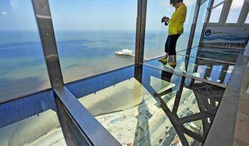 Blackpool Tower-Glass floor