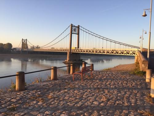 Levée de soleil sur le pont