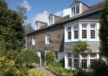 Pendennis Lodge -