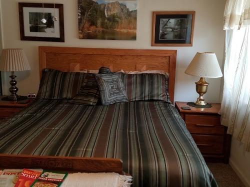 Triple room-Ensuite-Standard-Valley - Base Rate