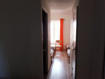 Gîte-de Luxe-Salle de bain et douche-Vue sur Montagne-au 1 étage
