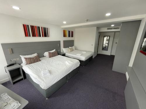 Quad room-Ensuite with Shower