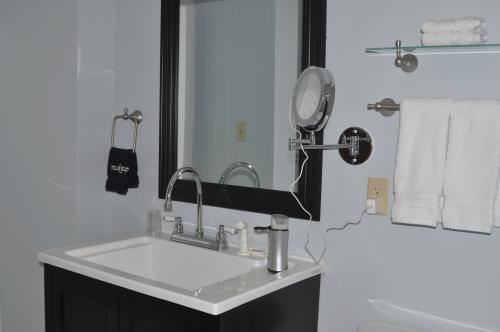 Single room-Standard-Private Bathroom-Street View-Winter Room - Base Rate