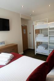Clean family hotel room, sleeps 5 guests