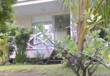 Accès chambre Maupiti côté terrasse