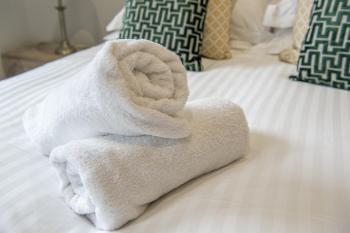 Linen and towels included.