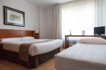 Hotel Miera habitación triple