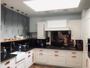 Stunning Gated Home - Holland Park - London - Hand made Mark Wilkinson kitchen
