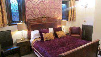 Double room-Standard-Ensuite-Ground Floor - Base Rate