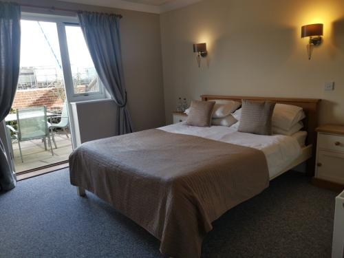 Double room-Ensuite-Garden View-Disabled Access - Base Rate
