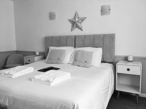 Room 6 - Charlestown